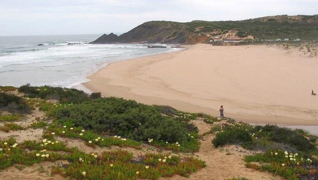 Aljezur-Strand-Praia-da-Amoreira
