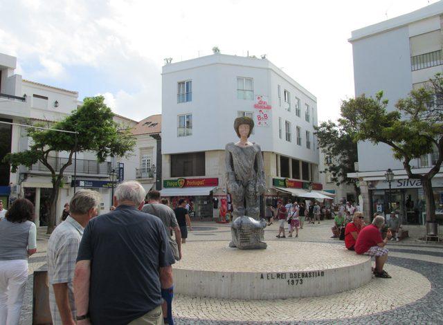 Foto: Statue vom König são Sebastião in Lagos