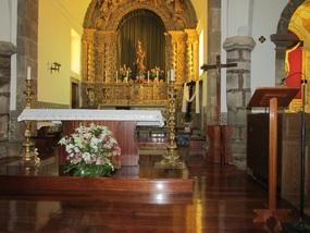 Der Altaraufsatz