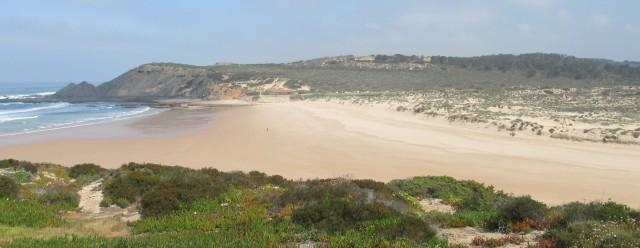 Foto: Aljezur, Strand Praia da Amoreira, von Süd nach Nord gesehen