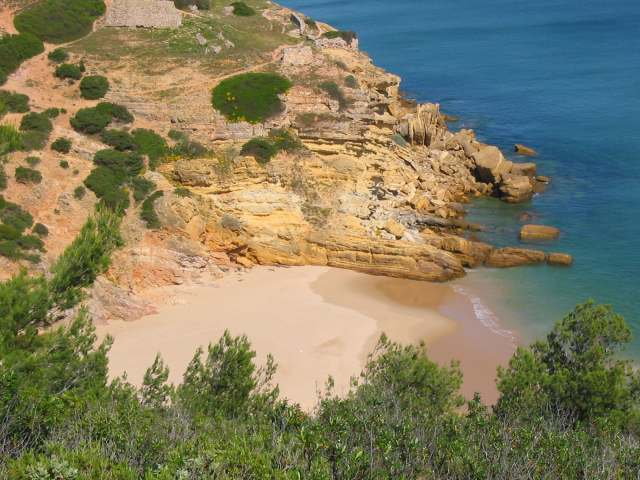 Foto: Strand Praia da Figueira nahe Salema