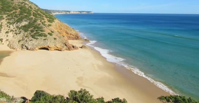 Foto: Praia das Furnas bei Figueira