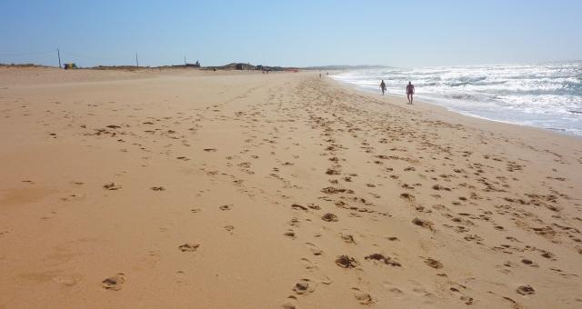 Foto: Strand Praia dos Salgados bei Armação de Pêra