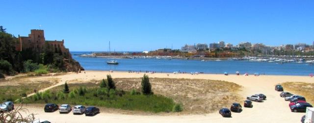 Foto: vom Strand Praia da Angrinha